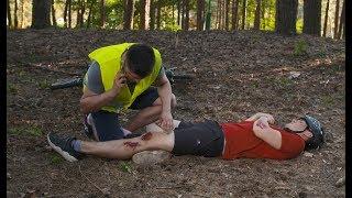 Uratował koledze nogę przy pomocy SZNURÓWEK. Założyli się o piwo