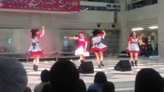 2013/10/25池袋サンシャイン噴水広場で行われたライブです.