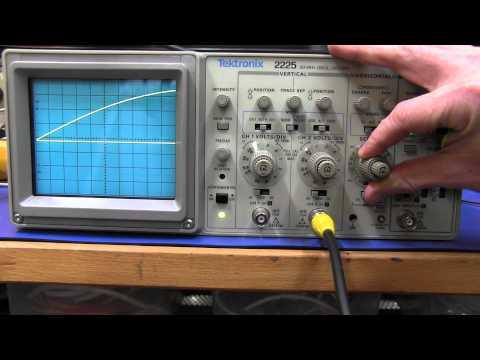 Tektronix 2225 Analog Oscilloscope - EEVblog #196