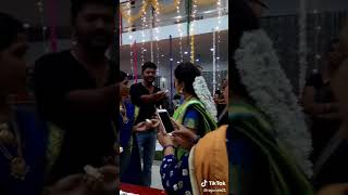 செம்பருத்தி சீரியல் பார்வதி-க்கு பிறந்த நாள் கொண்டாட்டம்