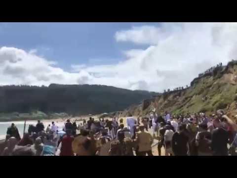 Os viquingos 'toman' a praia de San Román