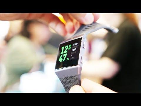 Смотрим первые умные часы Fitbit Ionic