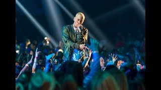 "EXCLUSIVE - Eminem Performs ""Venom"" from the Empire State Building! Presented by Google Pixel 3,"
