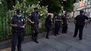 В американских городах не прекращается волна протестов.