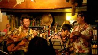 横浜レイハレでのハワイアンライブ模様。 Hawaiian Live at Leihale Yok...