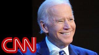 Biden: Trump's attacks on FBI are what Putin wants thumbnail