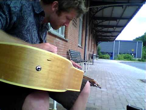 Owen Campbell-Live at the bus stop,Denmark..