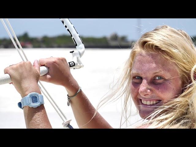 Unsere Nussknacker Linus & Lonia auf Sansibar Teil 1