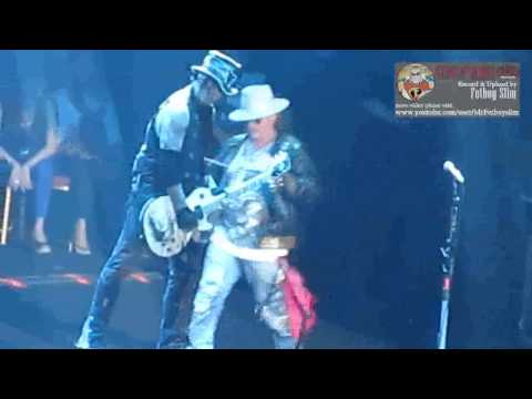 Guns N' Roses GNR - Street of Dreams (funny act Axl Rose to DJ Ashba 2:30) live in Jakarta 2012