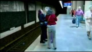 15.35: spoor 1 trailer (2003)