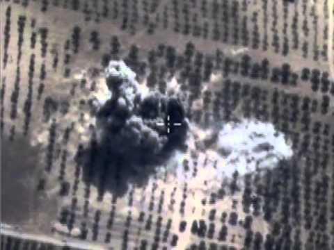 Нанесение точечных авиаударов по укрытиям с бронетехникой и складам ГСМ боевиков