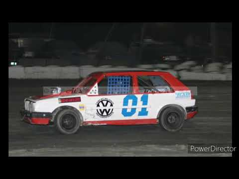 4 Cylinders and V8 Race cars of Bear Ridge Speedway