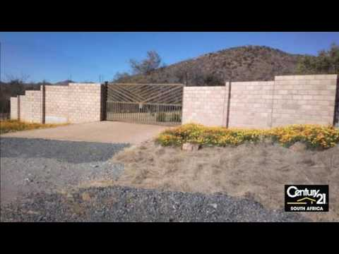 4 Bedroom Farm For Sale in Rustenburg, North West, South Africa for ZAR 4,880,000