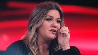 The Voice: Kelly Clarkson TEARS UP Over Contestant's Performance of Her Own Song
