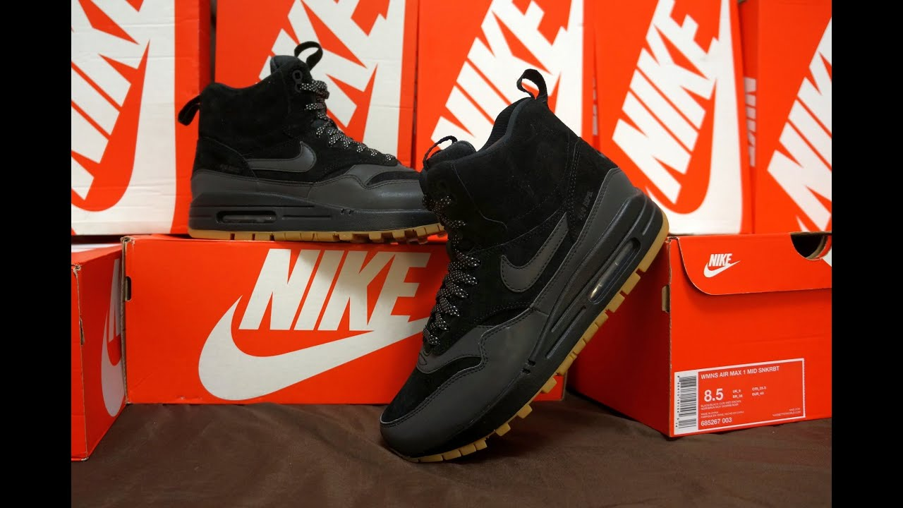 98046ef946 WMNS Nike Air Max 1 Mid Sneakerboot Black Black - YouTube