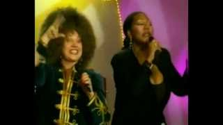 Boney M. Feat: Liz Mitchell & N. Babkina - I See A Boat On The River / Кап,кап,кап.