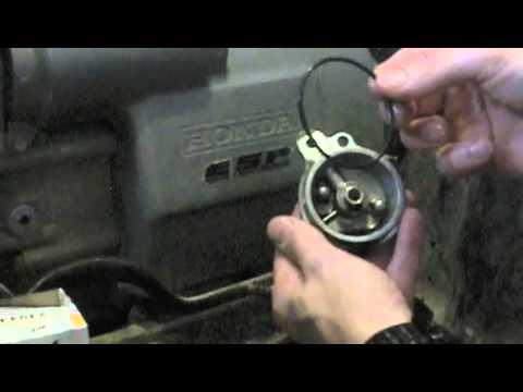 Honda Foreman 450ES oil change - YouTube