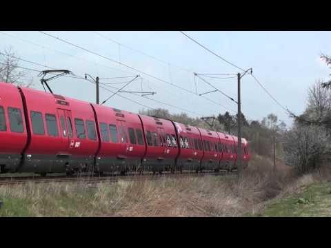 DSB K582 og S-tog på Farumbanen d.16/4 2016