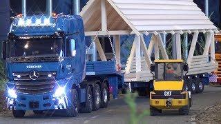 RC LKW Zürcher Holz Dach Transporter mit ausfahrbarem Anhänger Long Load