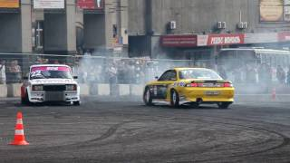 Nissan Silvia & Lada 2105 Drift