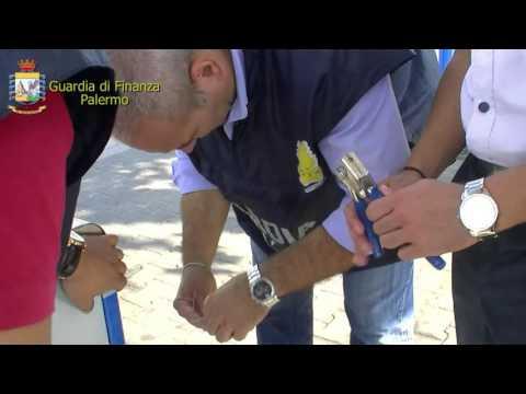 Guardia di Finanza Palermo distributore carburanti