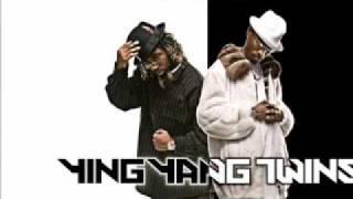 Ying Yang Twins- Kick In Da Door (Dem Bitches Scared) + download lnk