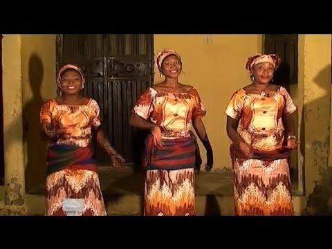 YAN MATA NA RAWAR DA KWANKWASO 29 (Hausa Songs / Hausa Films) thumbnail