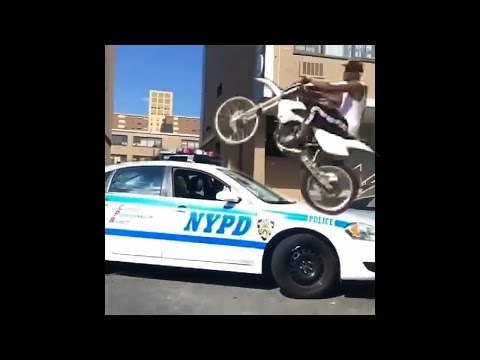 Niga F**CK da police / Motorcycle police chases