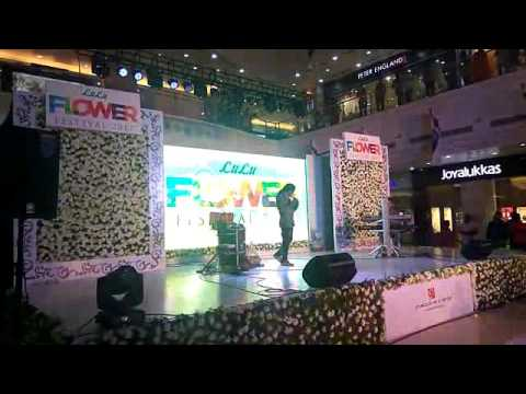 rajesh cherthala live performance on valentines day at Lulu mall