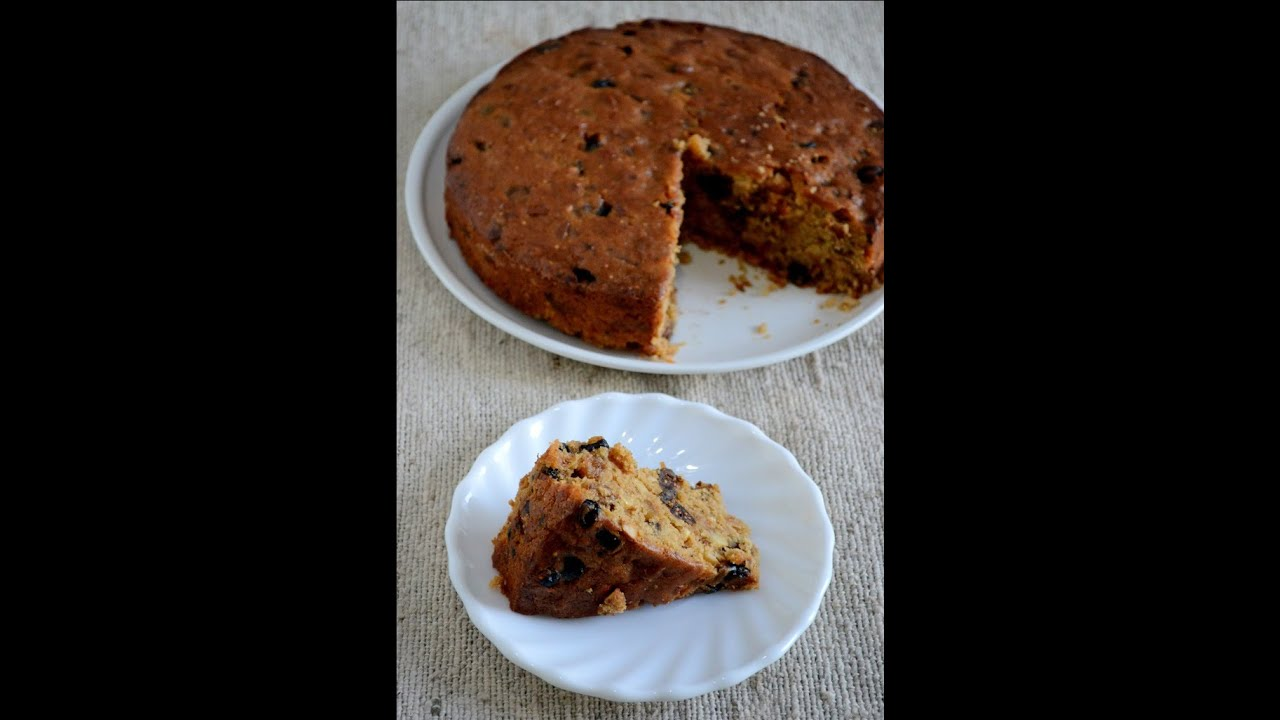 How To Make Eggless Christmas Plum Cake - YouTube