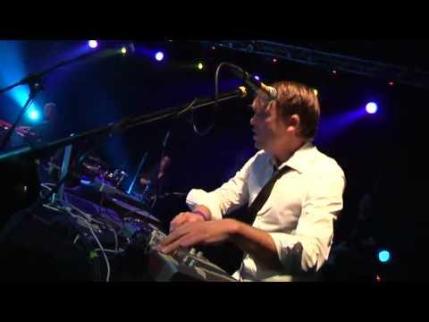 JAZZANOVA LIVE feat. Paul Randolph - I Can See (Loftas Live)