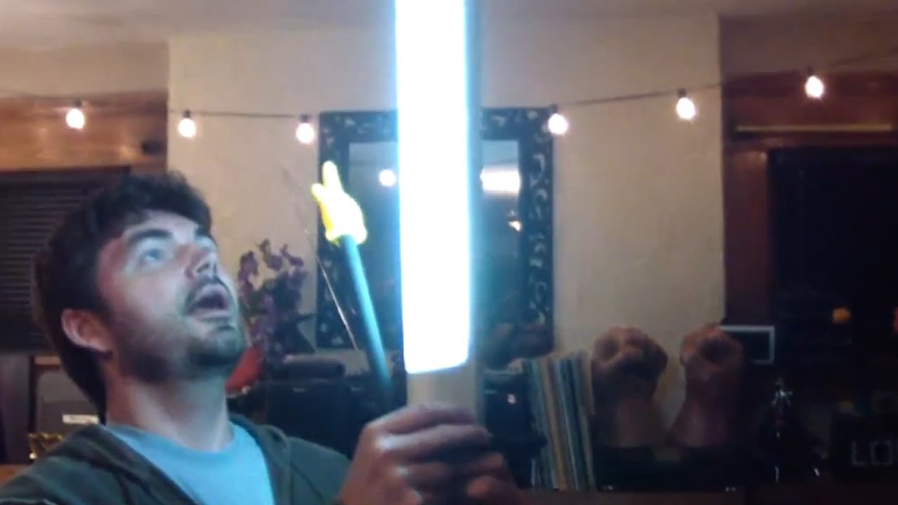 DIY LIGHT STAND Low Budget Video Lighting QUICK FX YouTube