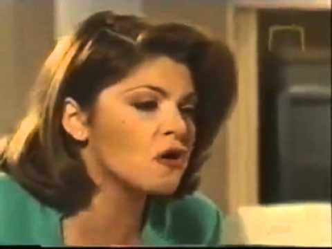 """Soraya Montenegro: """"¡Demuéstrame Tu Poder Satánico! en María La Del Barrio con Nana Calixta."""