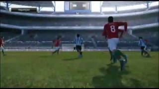 Pro Evolution Soccer 2011 - PlayStation 3 - UOL Jogos - (Análise)