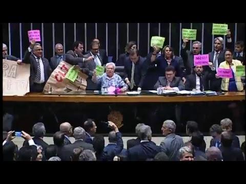 PLENÁRIO - Sessão Deliberativa - 18/04/2017 - 13:55