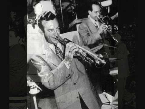 Download The Harry James Orchestra ft. Kitty Kallen - I'll Walk Alone (1944)