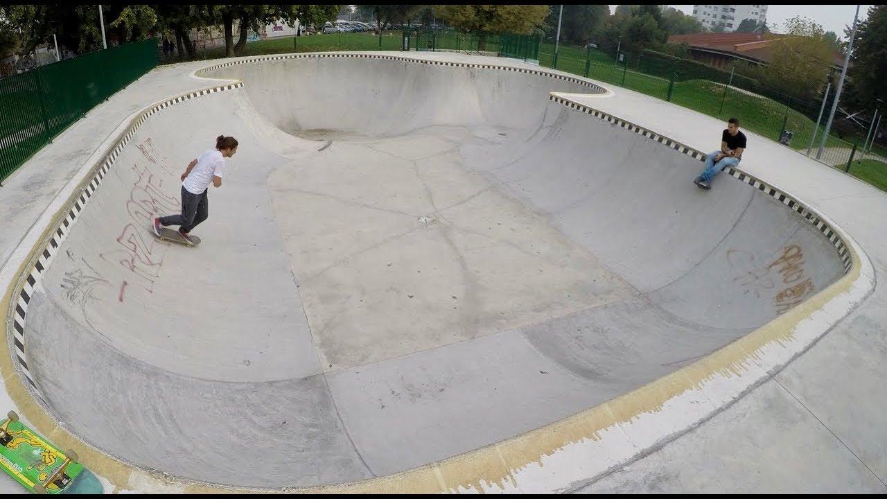 0e33ffbc Grato Bowl - Cali style in in Milan - YouTube