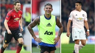 Manchester United chief Ed Woodward driven to Carrington to seal three transfer exits- transfer n...