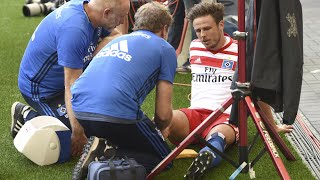 Hamburg's Nicolai Müller ruptures knee ligament celebrating goal