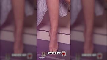 Micaela Schäfer zeigt ihre Füße