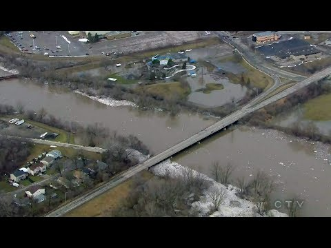 Aerial view of Grand River flooding in Brantford, Ont.