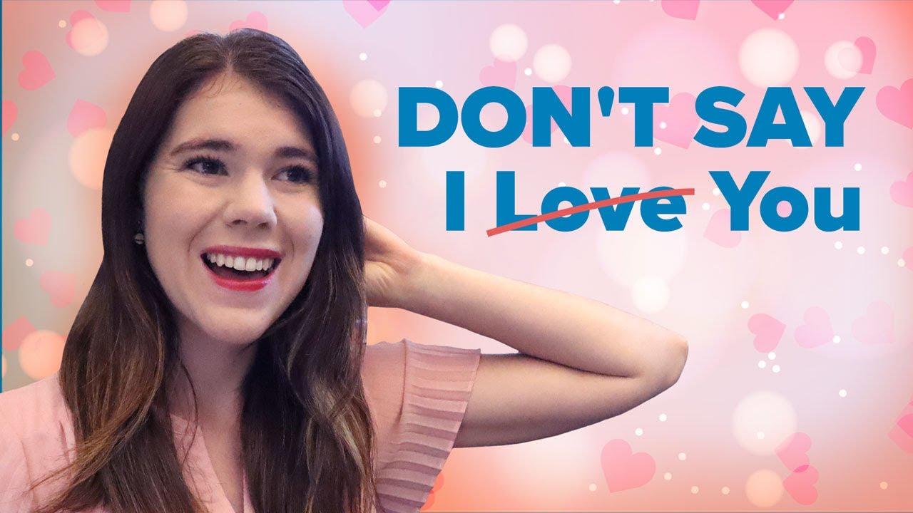 flirt - Traducere în engleză - exemple în română | Reverso Context
