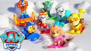 Paw Patrol Snowboard Pups Go on a Treasure Hunt and Slide Snowy Ramp Fun!