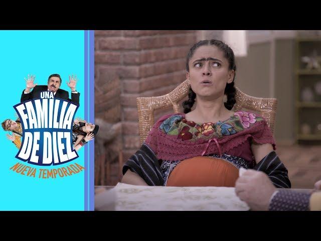 Una familia de 10: ¿El embarazo de Tecla? | C7 - Temporada 2 | Distrito Comedia