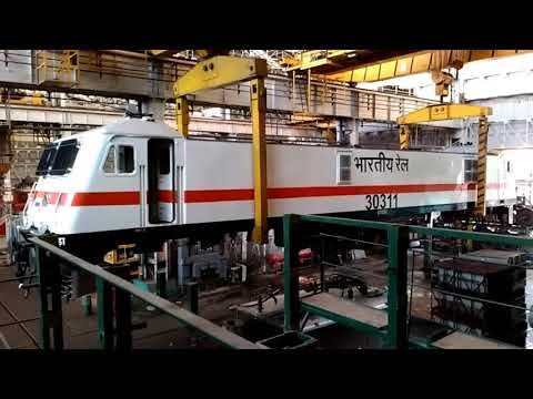 123 Tons WAP7 Locomotive Lifting inside Loco Shed - Indian Railways