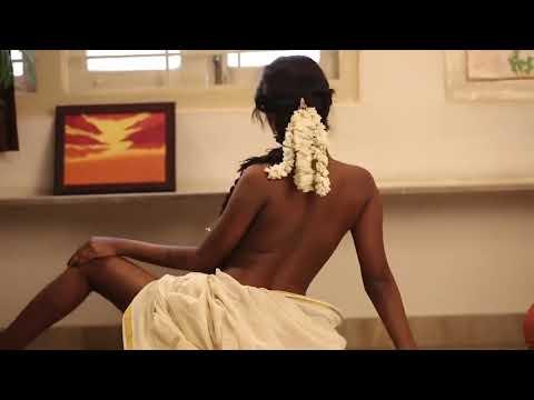 Saree topless girl || Indian nude || Desi Topless thumbnail
