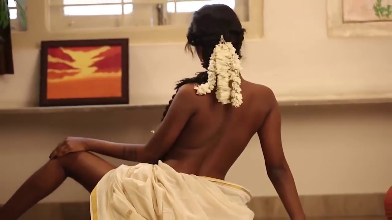 Indian Topless Babes saree topless girl || indian nude || desi topless - youtube