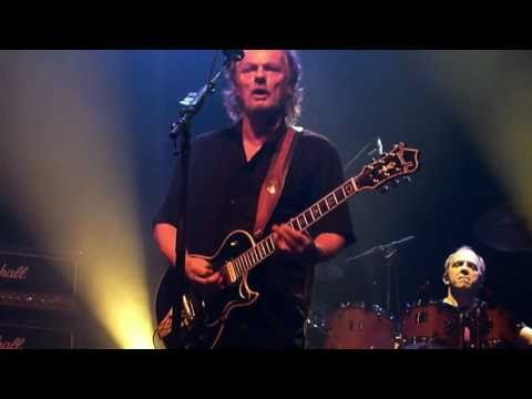 April Wine LIVE HD - Tonight Is A Wonderful Time To Fall In Love - Montreal