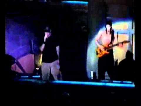 Limp Bizkit - Trust? (Live Boston 1999)