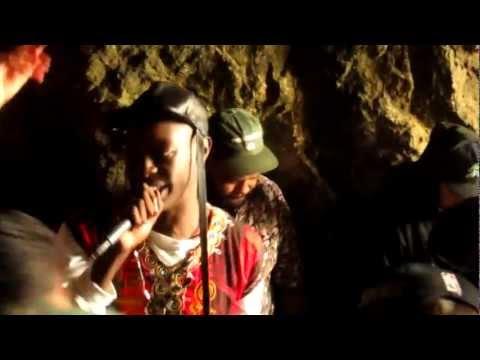 LE1F - Wut (cave show)
